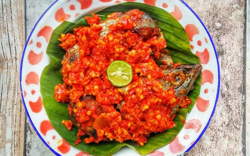 https: img-o.okeinfo.net content 2020 02 27 298 2175036 resep-masakan-rumahan-ikan-tongkol-sambalado-lezatnya-nendang-kzND7XWwli.jpg