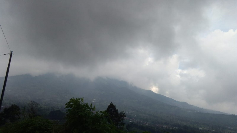 https: img-o.okeinfo.net content 2020 03 03 510 2177617 aneh-wilayah-selo-yang-berjarak-5-km-dari-puncak-merapi-tak-tersentuh-abu-vulkanik-W7PzrX3YXi.jpg