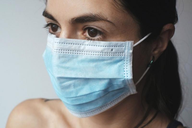 https: img-o.okeinfo.net content 2020 04 07 196 2195730 derita-jomblo-saat-pandemi-covid-19-kesepian-dan-gampang-lapar-yVHq7fupIP.jpg