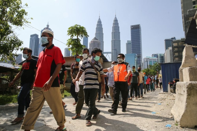 https: img-o.okeinfo.net content 2020 05 22 18 2218010 kasus-virus-corona-di-pusat-penahanan-migran-malaysia-meningkat-EI2xL5EgOQ.jpg