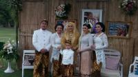 Ayahanda Telah Meninggal, Kepala KUA Borobudur Jadi Wali Hakim Pernikahan Vicky Shu dan Ade Imam