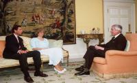 Ruang Kerja Super Nyaman Kreasi Puteri Diana, <i>Yuk</i> Intip Dekorasinya