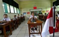 Astaga! Sekolah Terlilit Utang Akibat Dana BOS Belum Cair