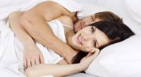SEXUAL HEALTH: <i>Ladies</i>, Jangan Lupa Ganti Celana Dalam Usai Berhubungan Seks!
