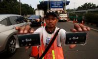 Berbeda dari Indonesia, Isi Ulang <i>E-money</i> di 6 Negara ini Gratis