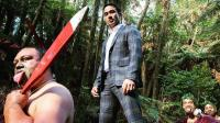FOTO: Berada di Tengah Suku Maori, Joe Taslim Paling Rapi dengan Setelan Jas