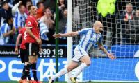 Hasil Liga Inggris 2017-2018 Semalam: Chelsea Sudahi Rekor Minor, Manchester United Tersandung di Markas Huddersfield