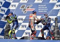VIDEO: Perayaan Podium MotoGP Australia 2017, Peluk Hangat Rossi-Vinales dan <i>Toast</i> Botol Sampanye Bareng Marquez