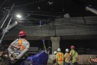 Beton Parapet Jatuh Timpa Pengendara Motor, PT MRT Tanggung Seluruh Kerugian Korban