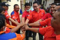 Kekompakan Tim Rescue Perindo saat Asapi Permukiman di Tangerang