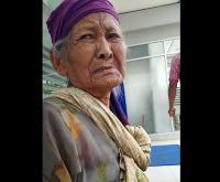 VIRAL! Nenek Ini Merengek Mau Tukar Uang Receh untuk Berobat, Anak dan Menantunya <i>Malah</i> Tak Peduli