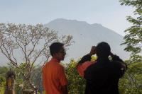 Tim SAR Tingkatkan Kesiapsiagaan di Tengah Tak Menentunya Kondisi Gunung Agung