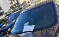 Tak Sengaja Gores Mobil Mewah, Pria Tua Ini Tinggalkan Pesan yang Menyentuh untuk Pemiliknya