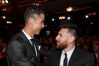Rakitic Pilih Messi ketimbang Ronaldo sebagai Pemain Terbaik Dunia