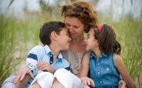 Anak Introvert Sulit Bercerita Pada Ibu? Ini Saran Psikolog