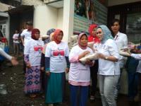 Peduli Masyarakat, Kartini Perindo Bagikan 750 Paket Beras di Bogor