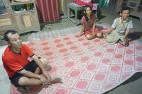 Kisah Mbah Tarti Penderita Gondok dengan Tabah Urus 4 Anak Gangguan Jiwa