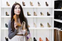 Beli Sepatu di Siang Hari, Anda akan Mendapat Ukuran yang Benar-Benar Pas dan Nyaman