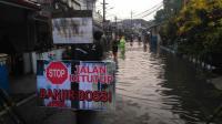 Diguyur Hujan Deras, Jalanan Kota Malang Jadi 'Kolam Raksasa'