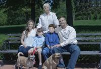 Biaya Photoshoot Seharga Rp3,3 Juta, Tapi Keluarga Ini Dapatkan Hasil Foto yang Bikin Geleng-Geleng Kepala!