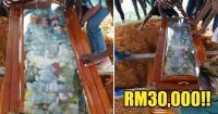 Pria Malaysia Kubur Jasad Ayahnya Bersama Uang Rp100 Juta