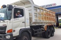 Jokowi Resmikan Tol Bakauheni, Menteri Asal Lampung Ini Terharu