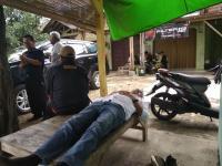 Dedi Mulyadi Tertidur Pulas di Bangku Warteg Usai Keliling Kampung