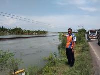 Rel di Cirebon Terendam, Jalur KA Lumpuh Total
