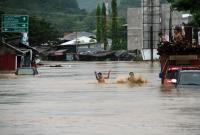 Tertimpa Beton saat Banjir Bandang, Polisi Lalu Lintas Meninggal Dunia