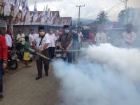 """Cegah DBD, Perindo Bengkulu """"Asapi"""" Ratusan Rumah di Desa Lemeu"""