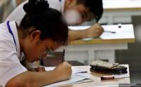 Sekolah di Banjarnegara Laksanakan UN di Tenda