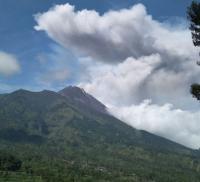 Gunung Merapi Kembali Meletus Freatik, Status Tetap Normal