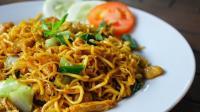 3 Resep Enak, Simpel dan Sehat untuk Sahur, Ada Mi Goreng Jawa hingga Perkedel Daging!