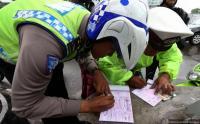 Video Polantas di Makassar Terima Uang Suap Viral di Medsos, Begini Penjelasannya