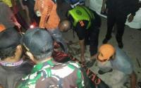 Selama 20 Jam, Jasad Sopir Pikap yang Tercebur di Kalimalang Ditemukan
