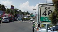 Puncak Masih Macet, Sistem Satu Arah Menuju Jakarta Dibuka Pukul 15.00 WIB