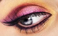 5 Tips Mudah Gunakan Eyeliner Agar Cantik Sempurna