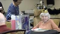 Nenek Ini Bocorkan Rahasia Umur Panjang hingga 105 Tahun!