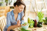Tak Ingin Bad Mood? Coba 5 Makanan Ini untuk Tingkatkan Suasana Hati