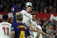 Barcelona Siap Aktifkan Klausul Pelepasan Lenglet di Sevilla
