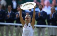 Angelique Kerber Rebut Gelar Wimbledon 2018 Usai Kandaskan Serena Williams