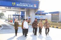 Pengoperasian Tol Solo-Ngawi Akan Dorong Pertumbuhan Ekonomi