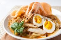 Sarapan Lontong Kare Seafood, Dijamin Lidah Enggak Bisa Nolak Gurihnya!