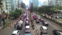 Hari Pertama Masuk Sekolah, Sejumlah Jalan di Jakarta Padat Kendaraan