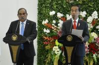 Jokowi Tawarkan Pesawat N-219 Buatan Indonesia ke Presiden Mikronesia