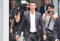 Sang Ibu Bantah Lebih Senang Ronaldo ke Man United ketimbang Juventus