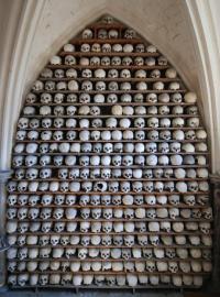 21 Tengkorak Manusia Kuno Dicuri dari Gereja Bersejarah Inggris