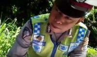 Viral Video Seorang Pria Sewot ke Polisi karena Pengendara Tanpa Helm Tak Ditilang