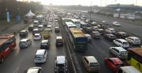 Jumat Pagi, Lalin Tol Halim-Cawang dan TMII-Cikunir Padat Kendaraan