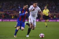 Lenglet Girang Tak Lagi Jadi Rival Messi